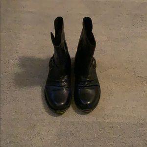 Bronx Black Leather Moto boot• size 38